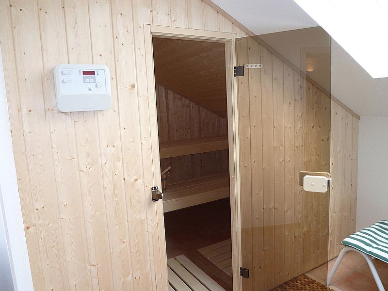 sauna und infrarot ma anfertigung wellness f r daheim schwimmbadtechnik g nl riedstadt. Black Bedroom Furniture Sets. Home Design Ideas